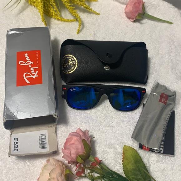 Brand new Ray-ban sunglasses 🕶